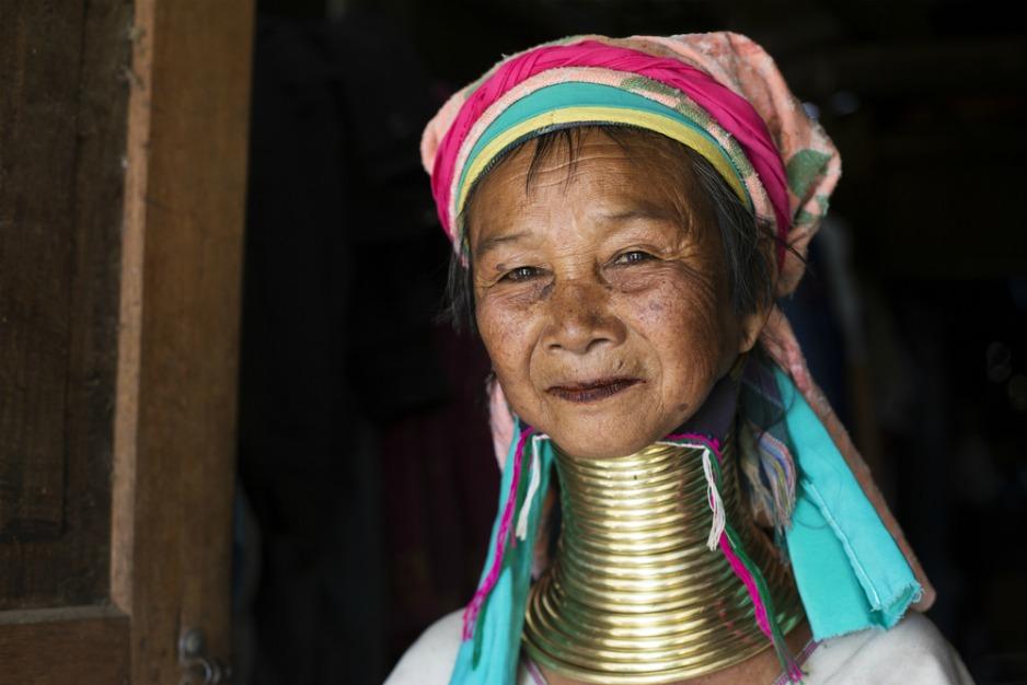 An image of a Padaung woman