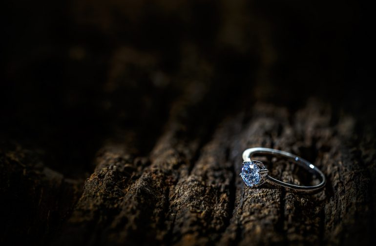 7 of the Best Diamond Alternatives