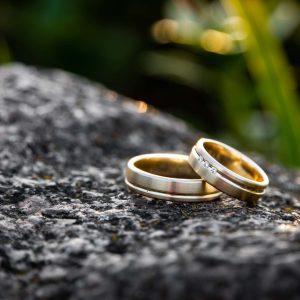 Men's Wedding Ring Buying Guide