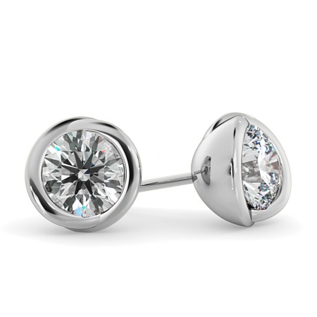 Round Diamond Stud Earrings - HER38