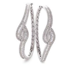 HBRDB069 Baguette & Round cut Twisted Diamond Bangle - white