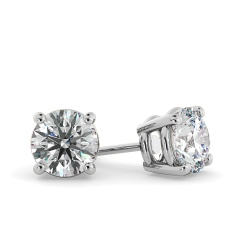 HER22 Round Stud Diamond Earrings in 18K White Gold - 0.90ct, I1 clarity, G colour - white
