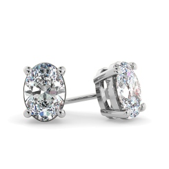 HEO58 Oval Stud Diamond Earrings - white