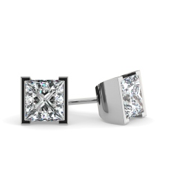 HEP31 Princess Stud Diamond Earrings - white