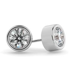 HER37 Round Diamond Stud Earrings - white