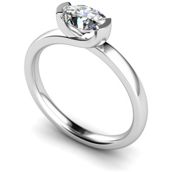 HRO315 Oval Solitaire Diamond Ring - white