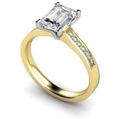 HRXSD609 Emerald Shoulder Diamond Ring - yellow