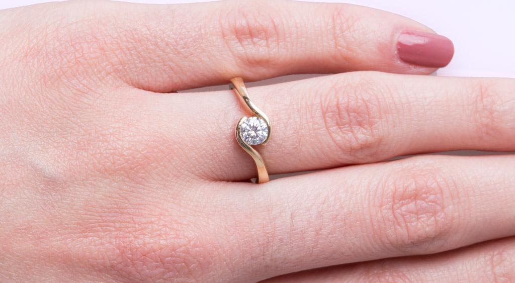 Diamond Rings Engagement Rings Hatton Garden London Shining Diamonds